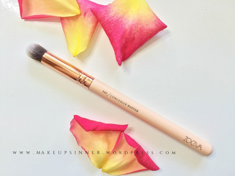concealer buffer brush zoeva.jpg