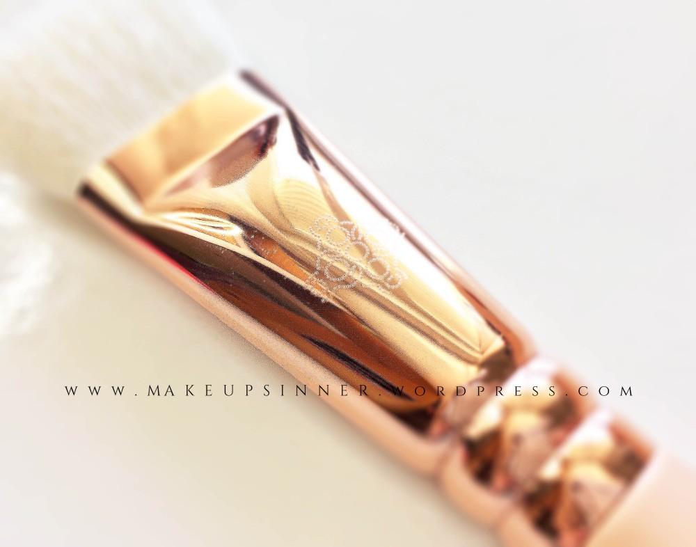 dettagli pennello zoeva rose golden