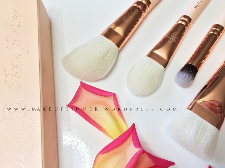 zoeva rose golden brushes.jpg