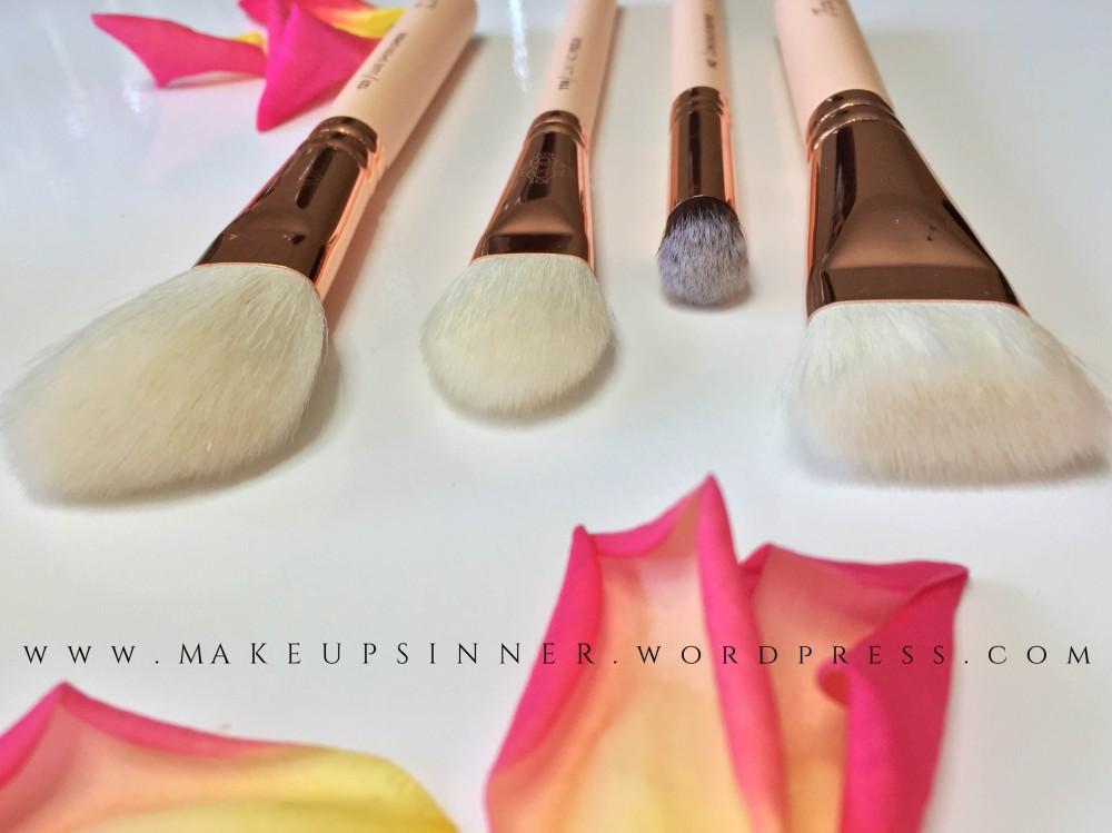 zoeva+rose+golden+brushes.jpg