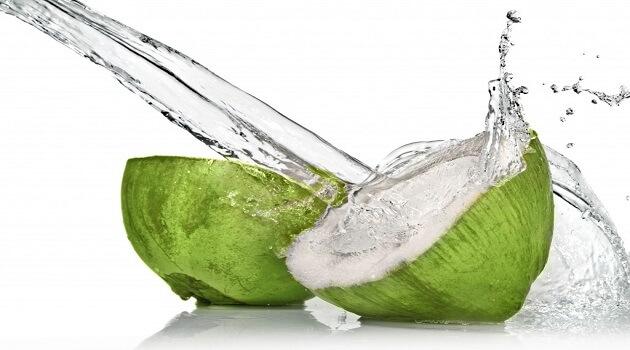 coconut-water-makeupsinner.jpg