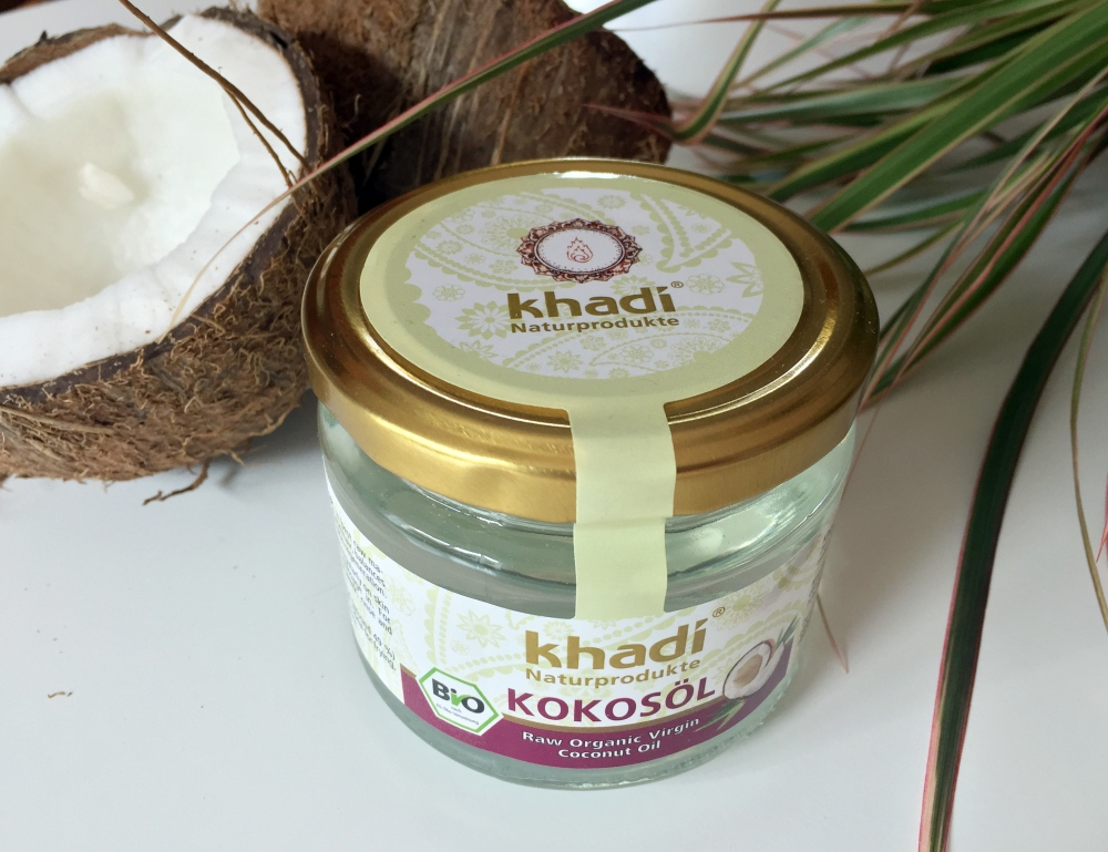 khadi coconut oil - makeupsinner.JPG