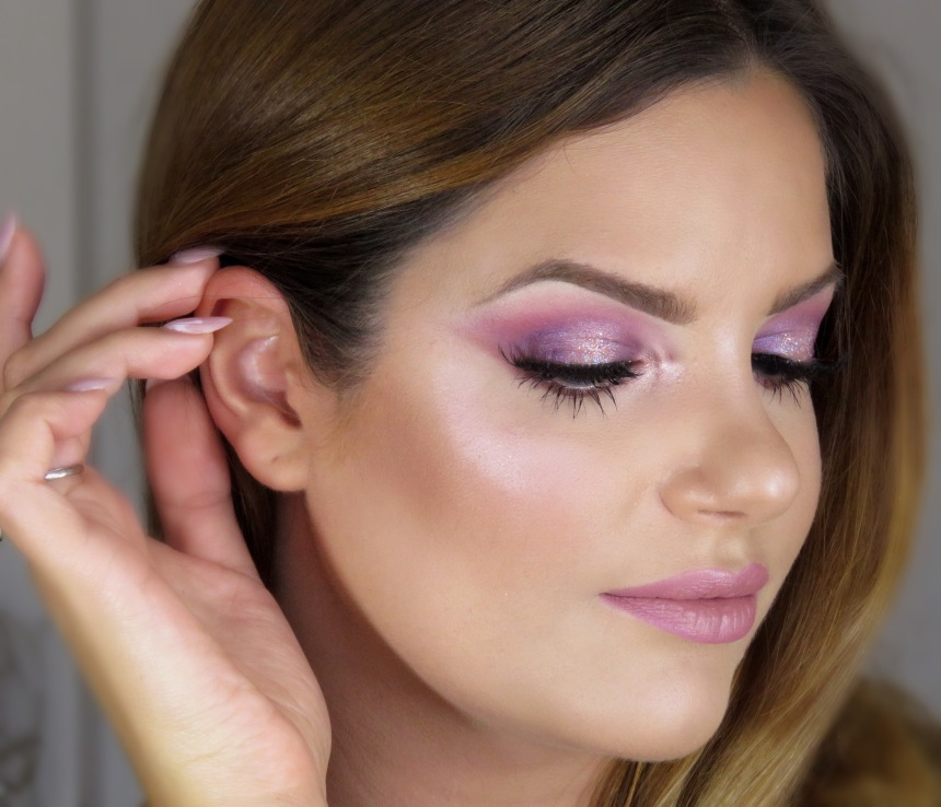 makeupsinner -.JPG