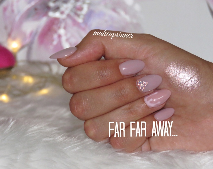 FAR FAR AWAY... SWATCH MULAC.JPG