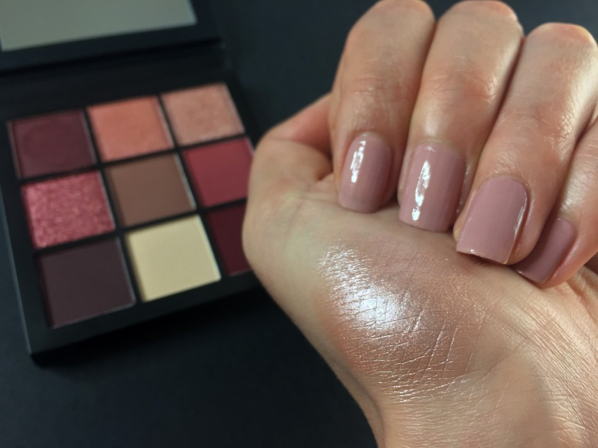 mauve obsessions swatch 3makeuspinner.JPG