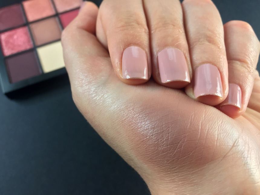 mauve obsessions swatch 5makeuspinner.JPG