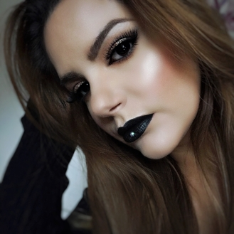 black lips makeupsinner