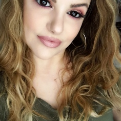 curly makeupsinner