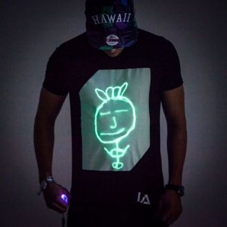 glow_tshirt_1_3