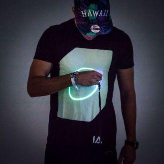glow_tshirt_2