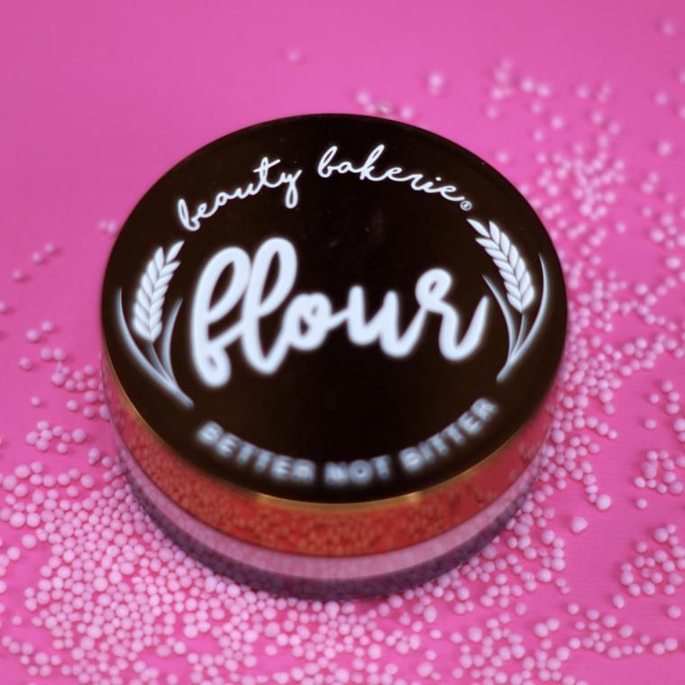 beauty-bakerie-flour-setting-powder.jpg