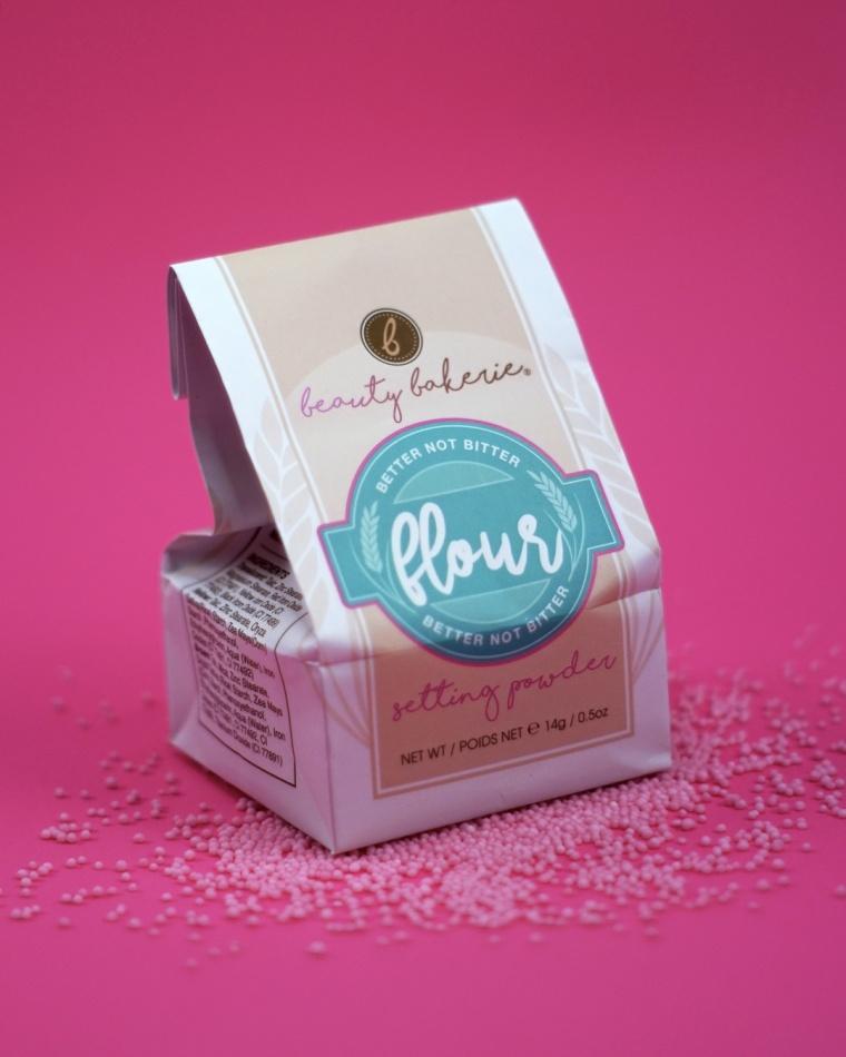 flour-setting-powder-beauty-bakerie.jpg