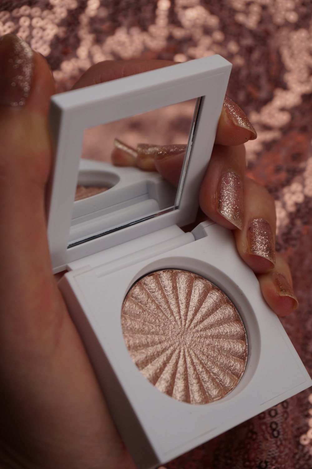 Ofra Blissful highlighter.JPG