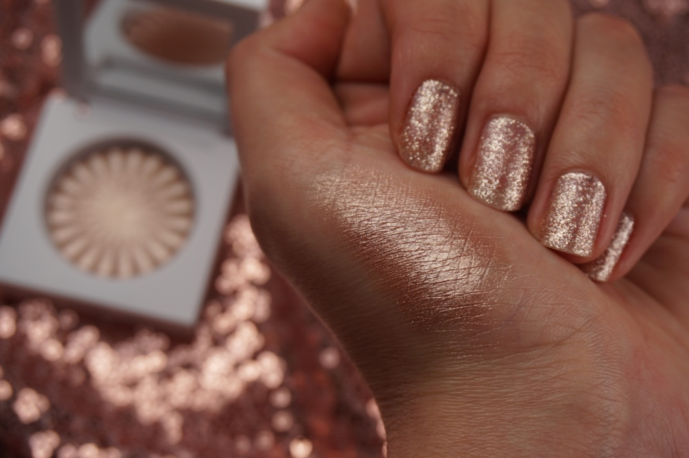 Ofra Blissful illuminante swatch.JPG
