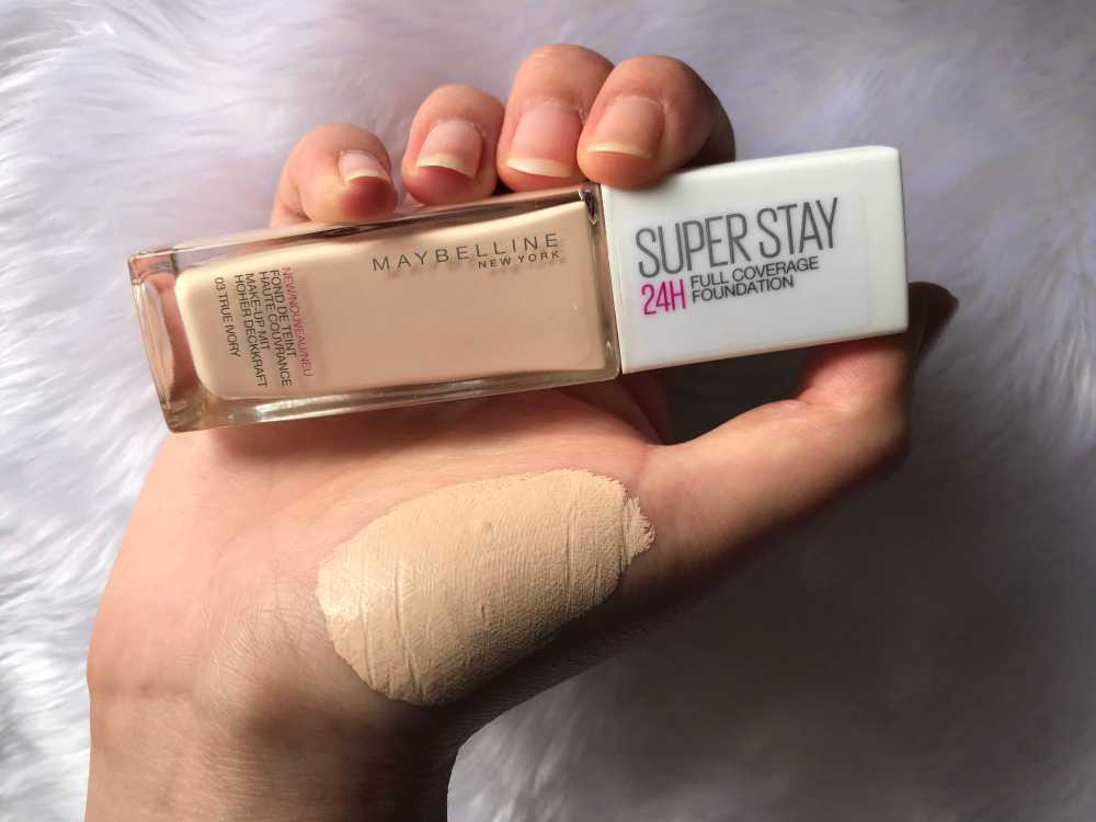 maybelline superstay true ivory swatch.jpg