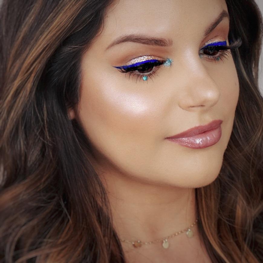 blue eyeliner debby makeupsinner.JPG