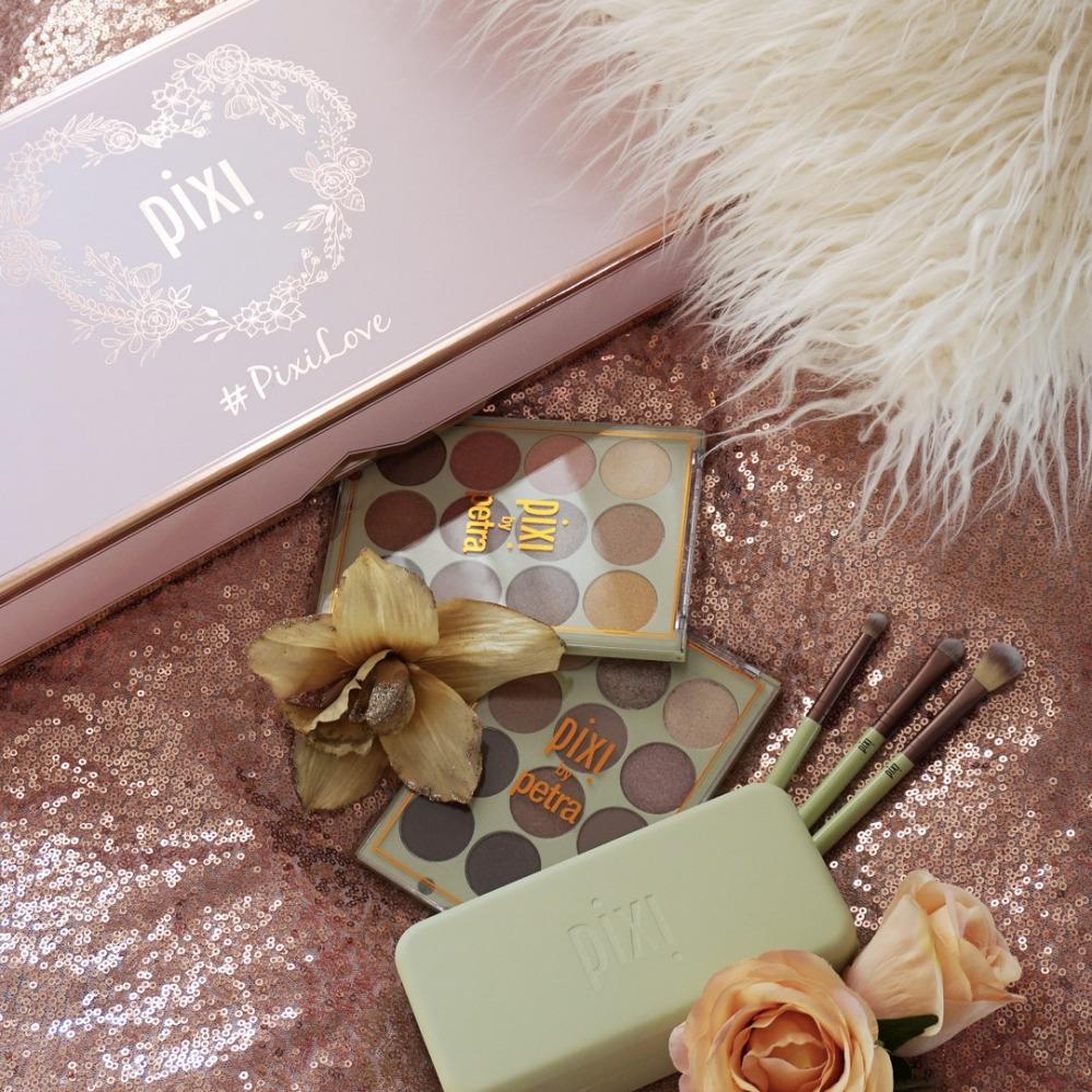 pixi beauty pr box.jpg