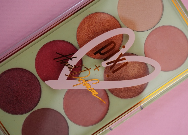 pixi-eyeshadow-palette-heartdefensor-review.jpg