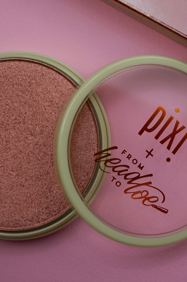 pixiglow-y powder review.JPG
