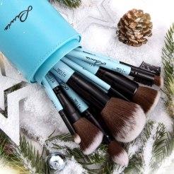 luvia brushes turquoise